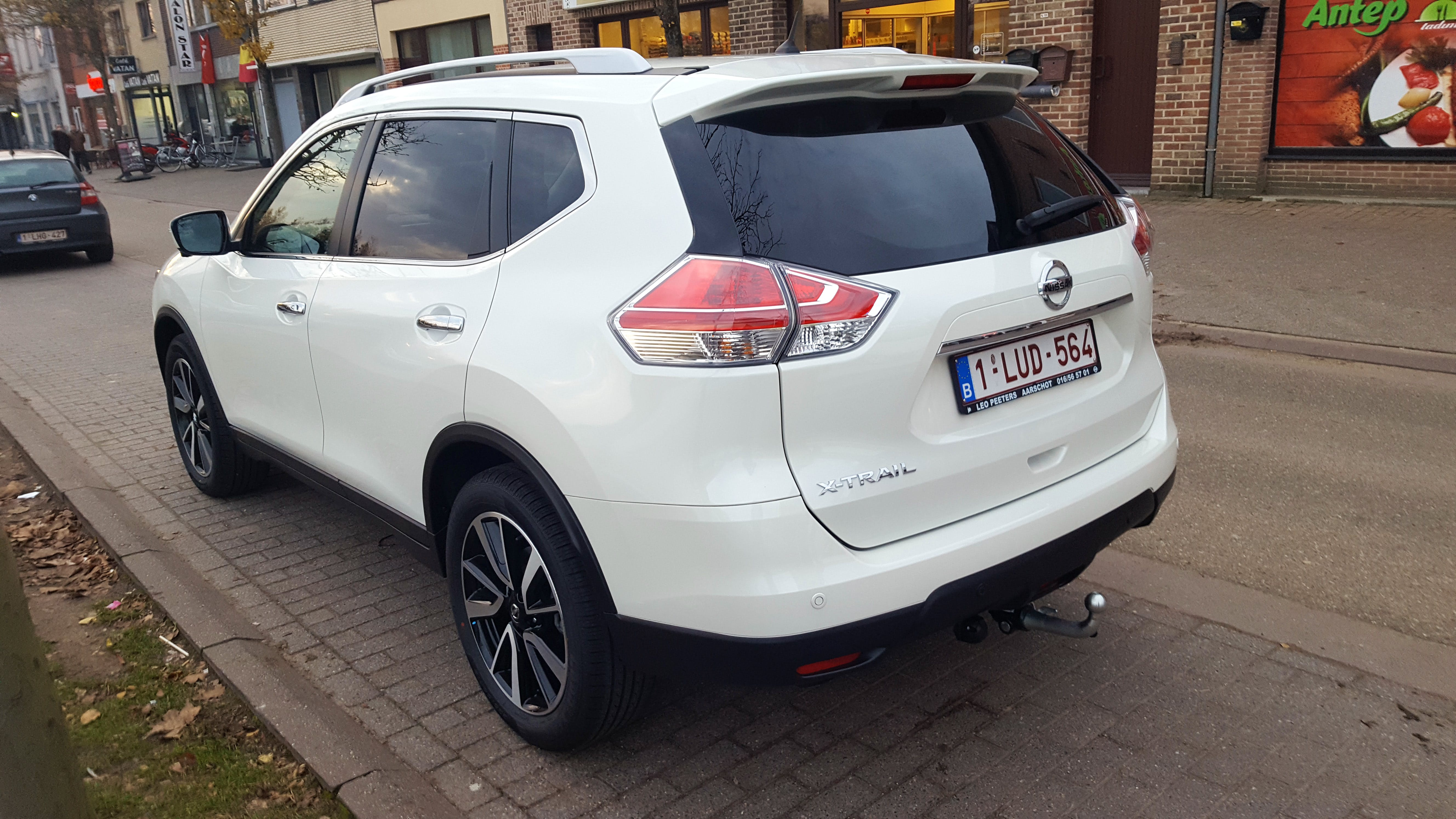Nissan X-Trail 1.6 automaat - Full Option met Cruise control