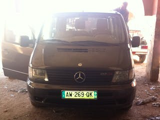 location minibus mercedes vito tourer 2001 diesel maubeuge 14 rue haute 59600 maubeuge france. Black Bedroom Furniture Sets. Home Design Ideas