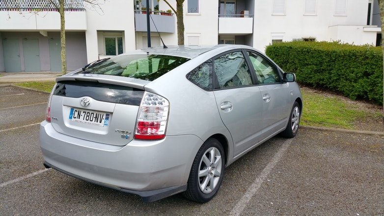 location toyota prius 2007 hybride automatique bordeaux gare saint jean. Black Bedroom Furniture Sets. Home Design Ideas