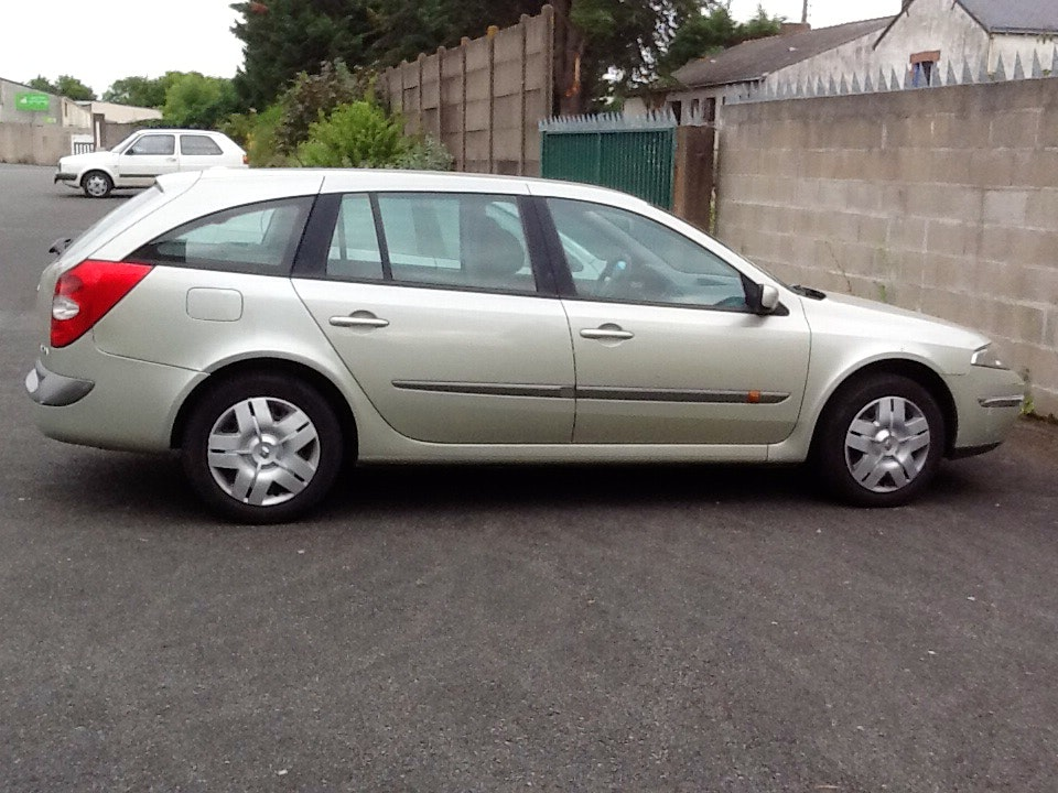 Renault Break Laguna estate 1,9 dci 107 cv authentique , 2002, Diesel