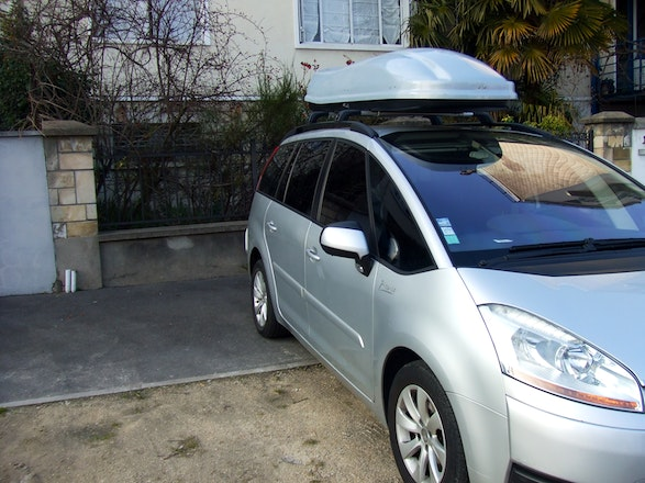 location citroen c4 grand picasso 2008 diesel automatique 7 places issy les moulineaux avenue. Black Bedroom Furniture Sets. Home Design Ideas