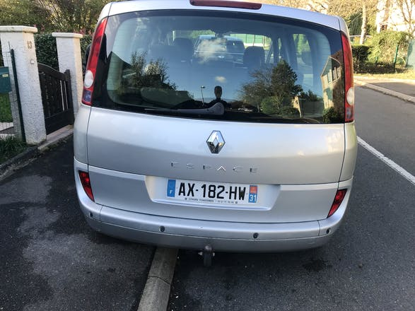 location renault espace 2005 diesel 7 places chelles 11 rue robert bonnard. Black Bedroom Furniture Sets. Home Design Ideas