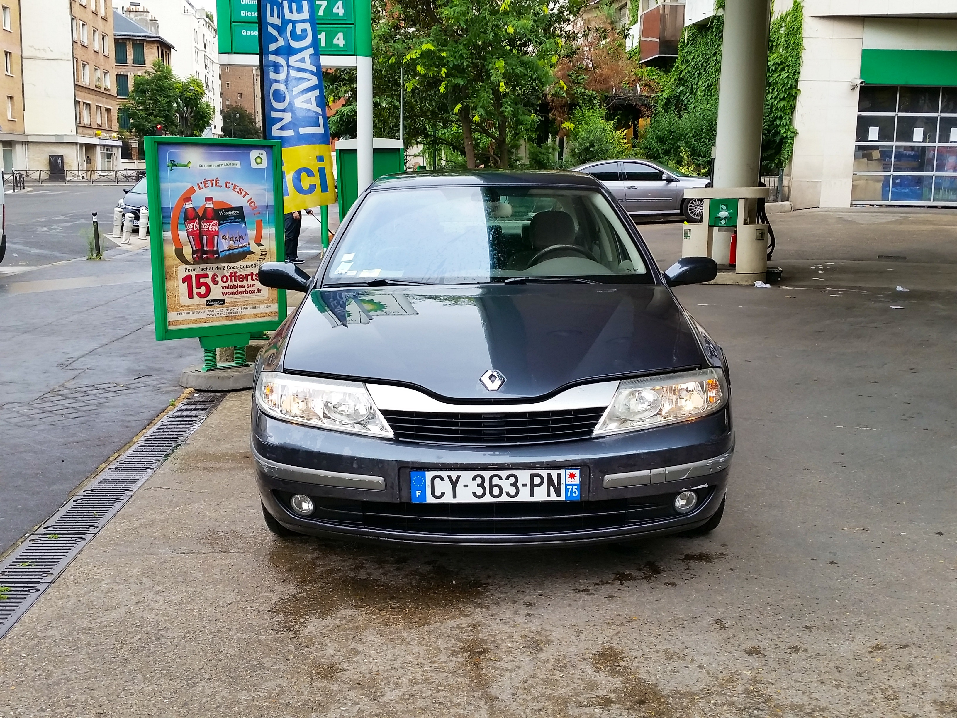 Renault  Laguna II automatique, 2004, Essence, automatique - Berline Paris (75)