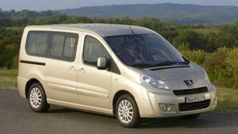 location minibus peugeot expert tepee 2010 diesel 8 places artannes sur indre rue de l 39 galit. Black Bedroom Furniture Sets. Home Design Ideas