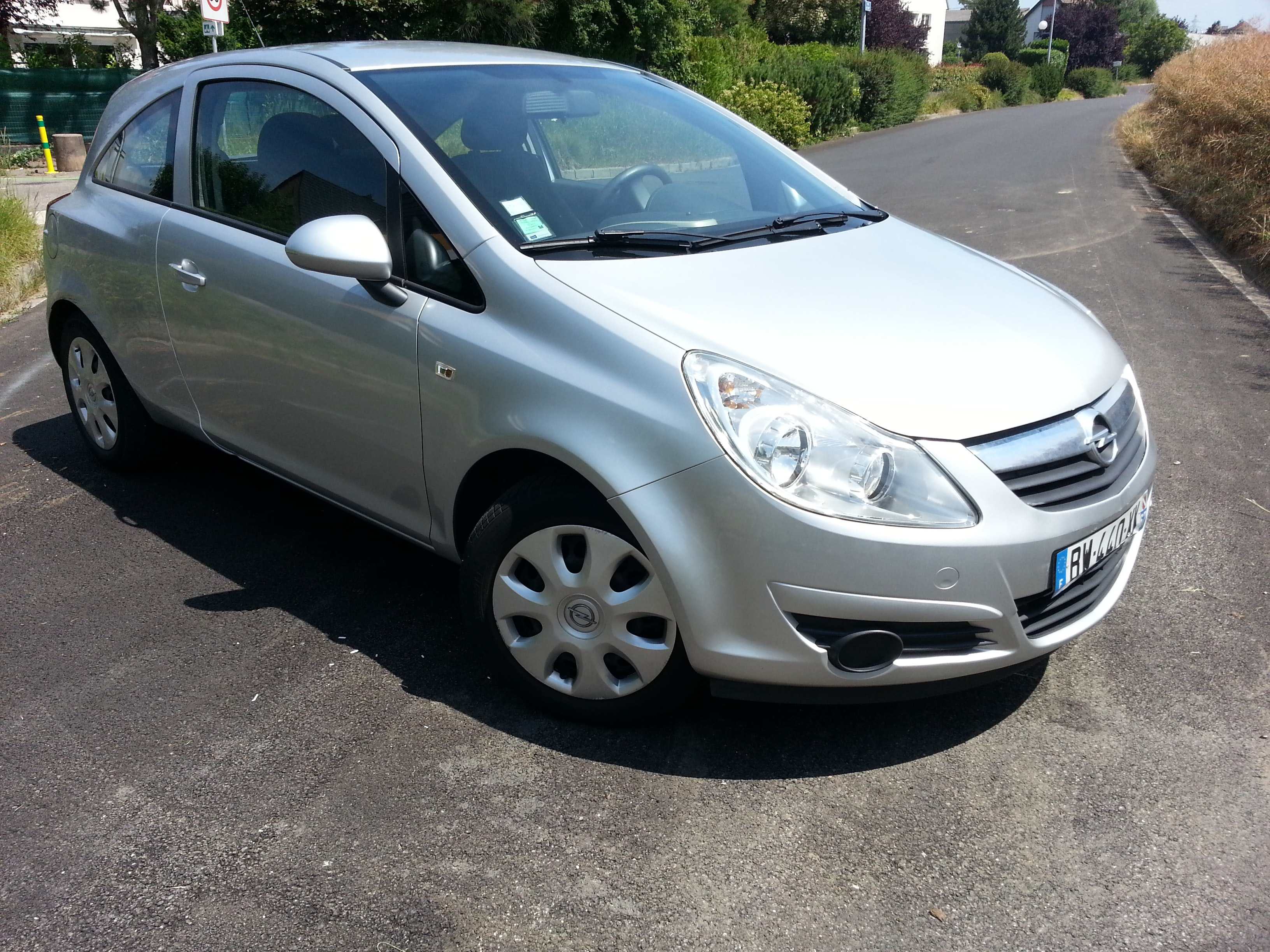 OPEL  CORSA Enjoy 1.2 16V grise , 2008, Essence