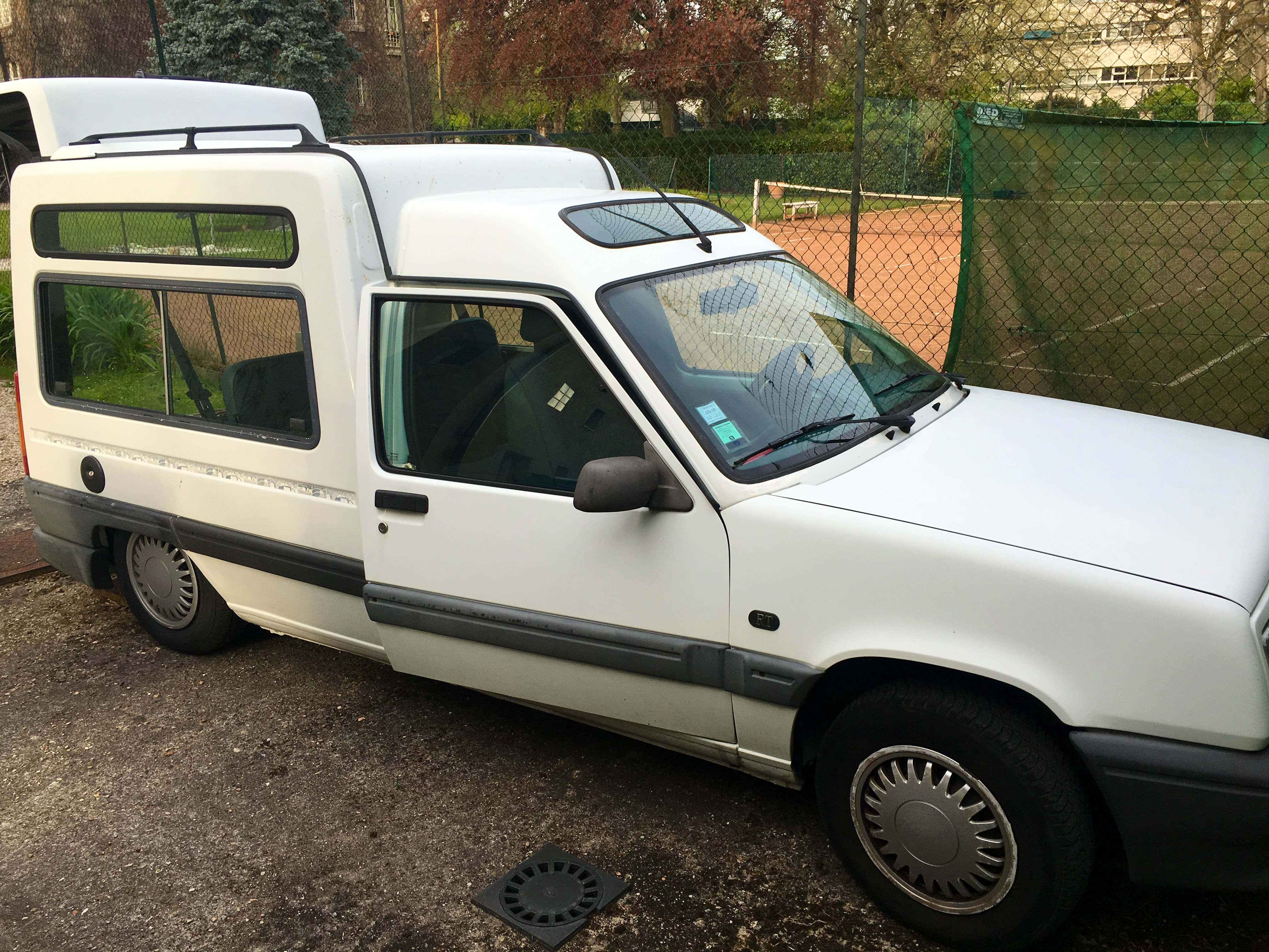RENAULT EXPRESS 1.4L ENERGY 5 places, 1995, Essence