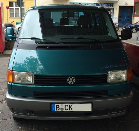 van volkswagen multivan 1995 7 sitze mieten in berlin. Black Bedroom Furniture Sets. Home Design Ideas