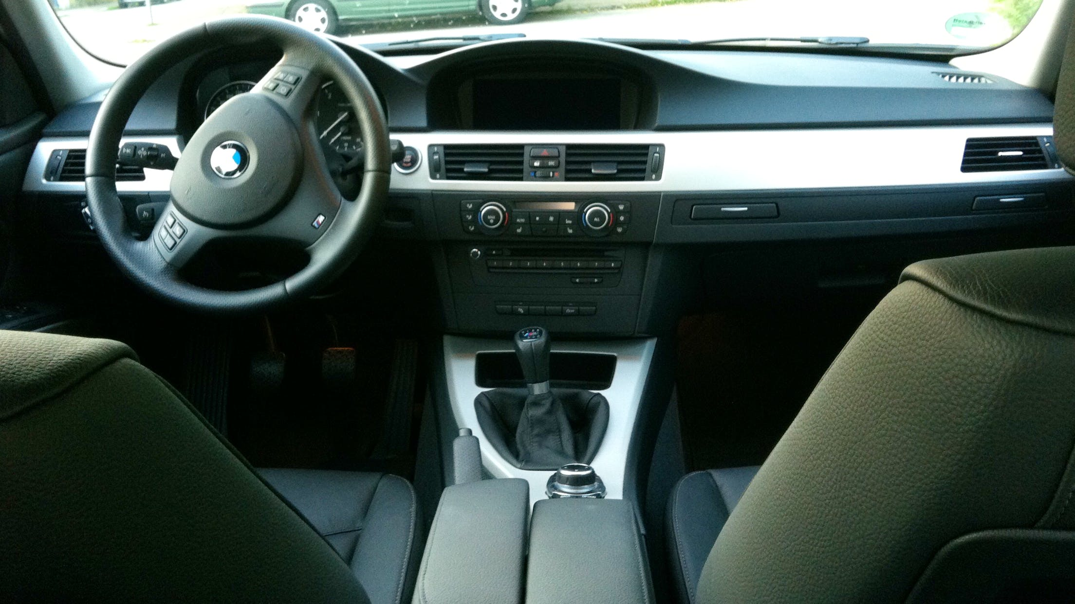 BMW 3er Touring 320D Touring EfficientDynamics mit Klimaanlage/AC