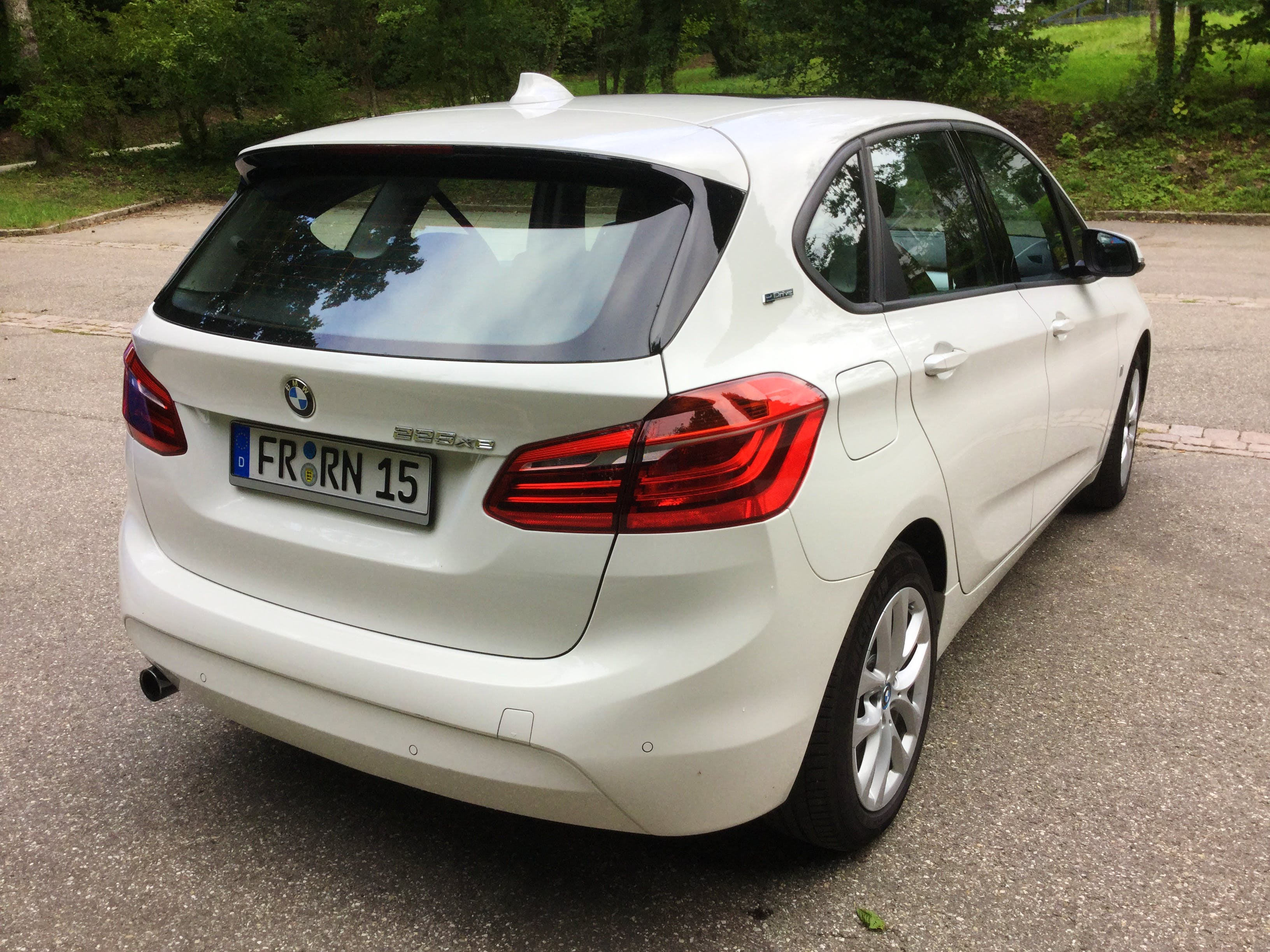 BMW 2er Active Tourer 225xe iPerformance Hybrid mit Tempomat