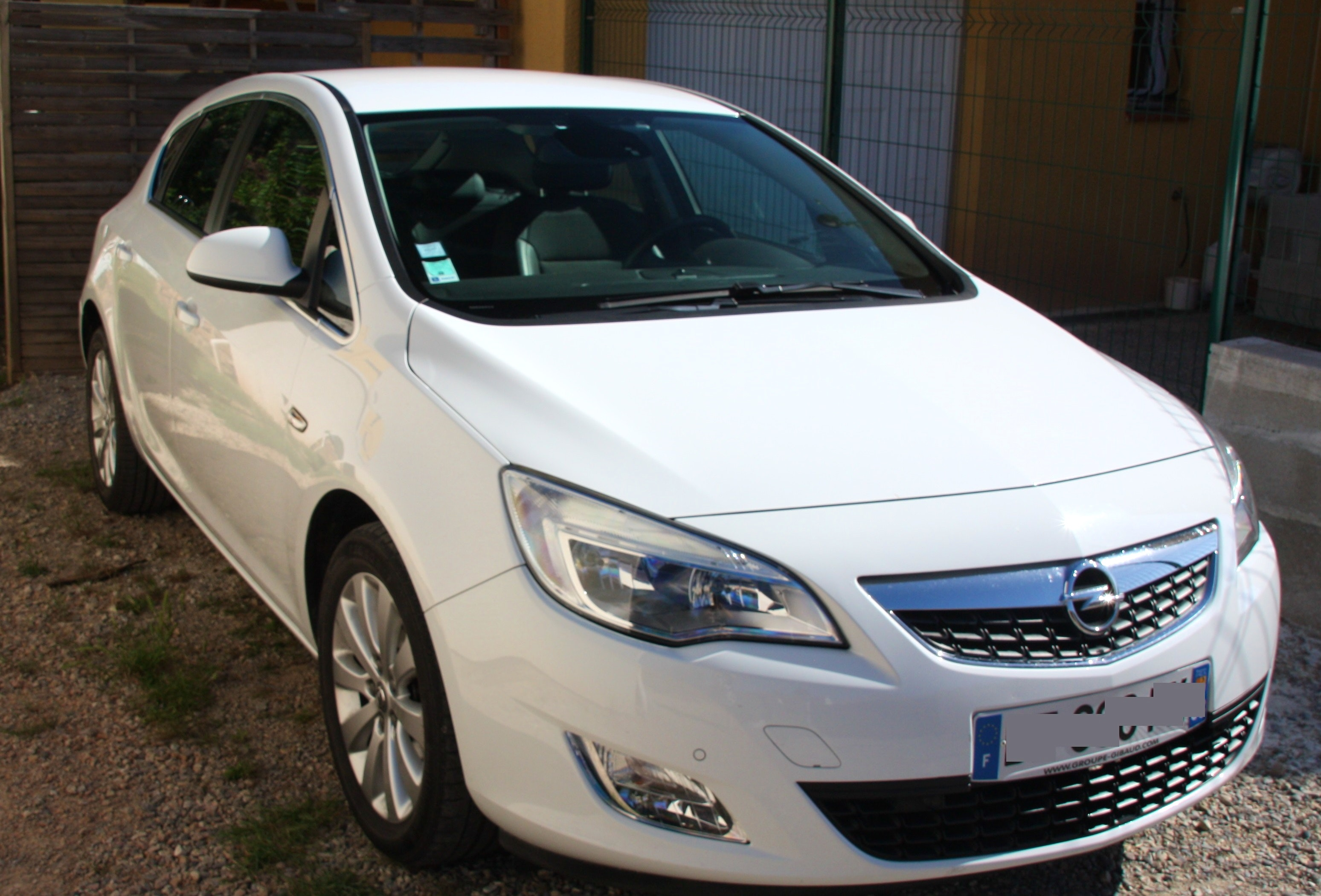opel astra cosmo 125 ch, 2010, Diesel