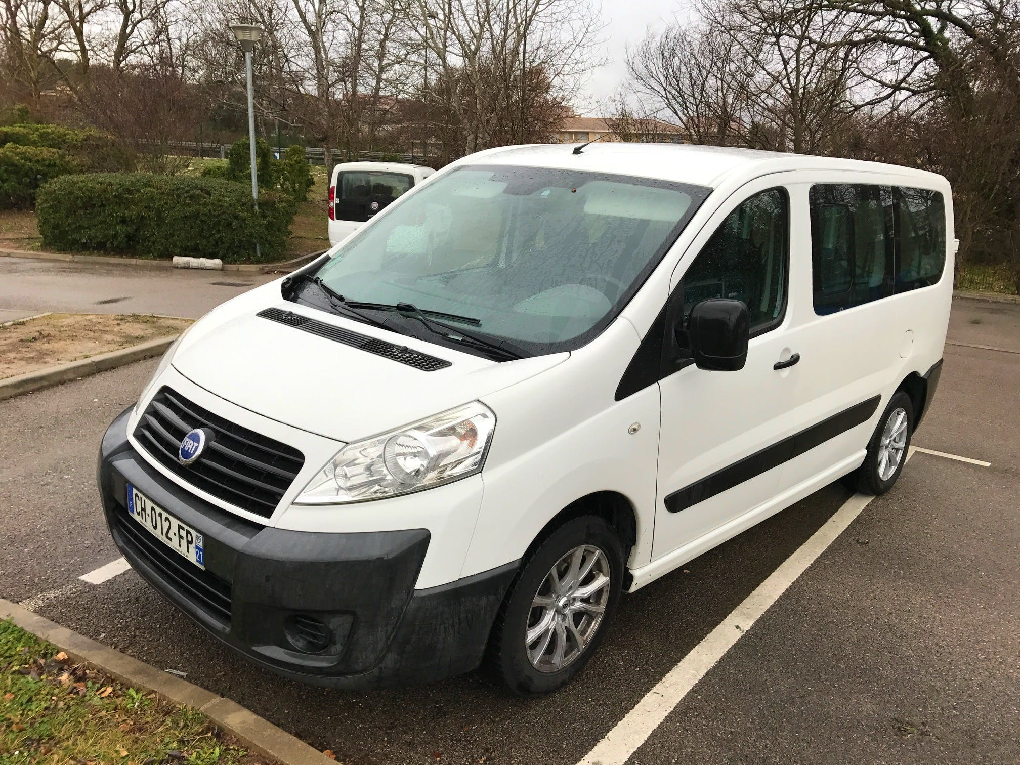 location minibus fiat scudo panorama 2007 diesel 9 places