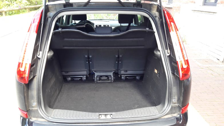 location ford c max 2009 diesel lille all e chanteloup. Black Bedroom Furniture Sets. Home Design Ideas
