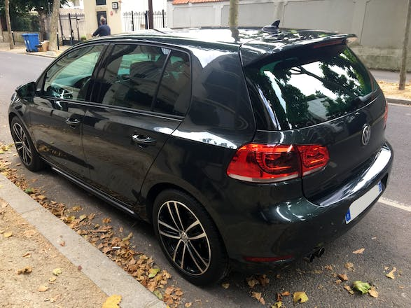 location volkswagen golf 2011 diesel automatique neuilly sur seine rue de ch zy. Black Bedroom Furniture Sets. Home Design Ideas