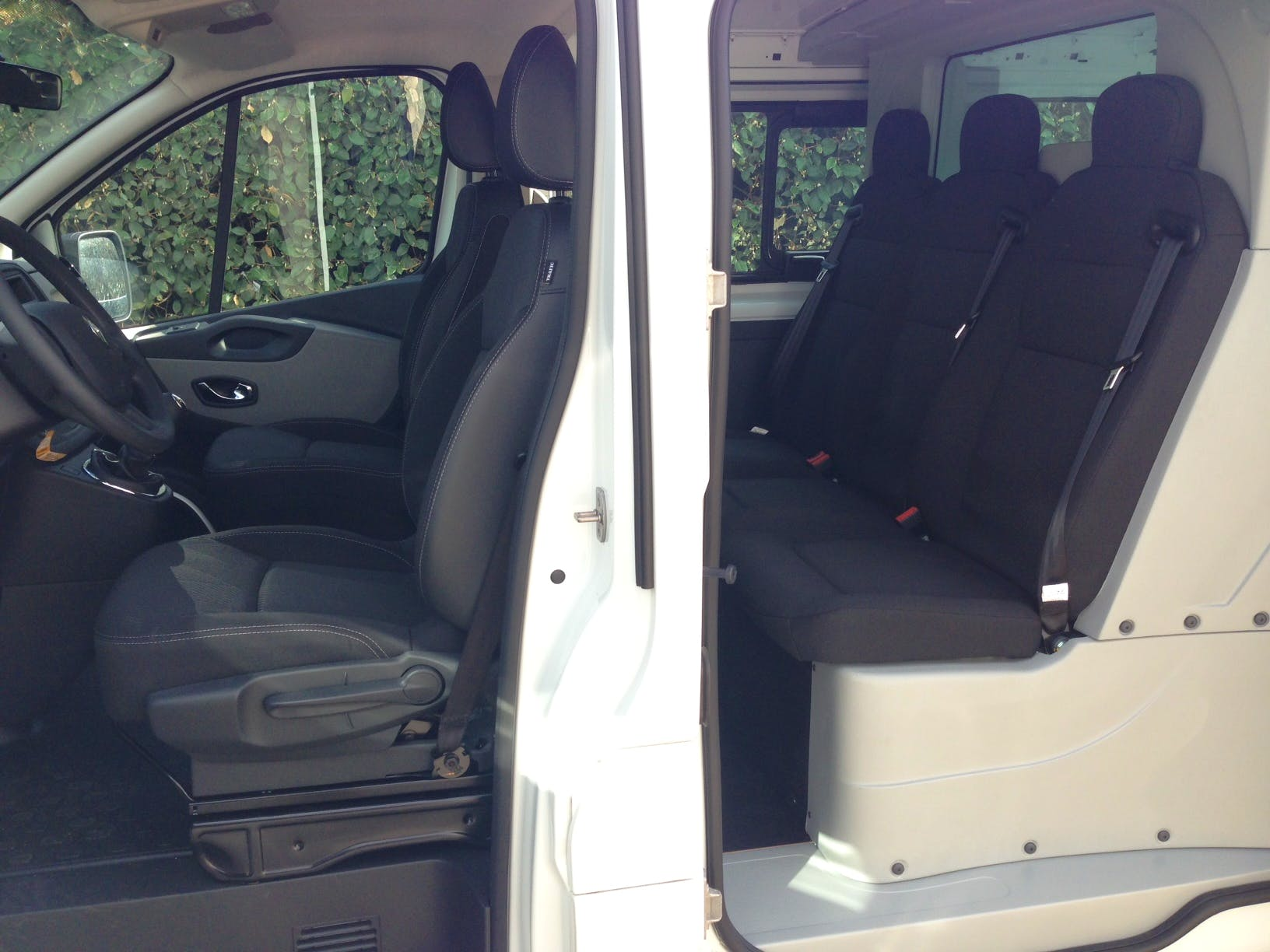 Renault Trafic Double Cabine  diesel avec Climatisation