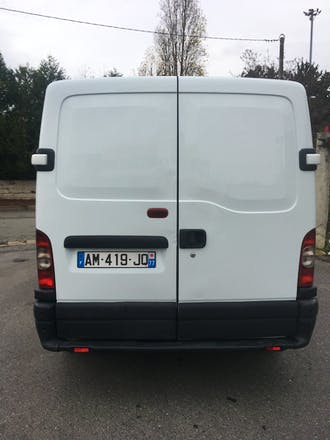 location utilitaire renault master 2006 diesel choisy le roi 3 voie de l 39 pinette. Black Bedroom Furniture Sets. Home Design Ideas