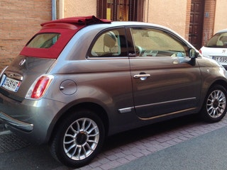 location fiat 500 c 2013 automatique toulouse 52 rue de puymaurin. Black Bedroom Furniture Sets. Home Design Ideas