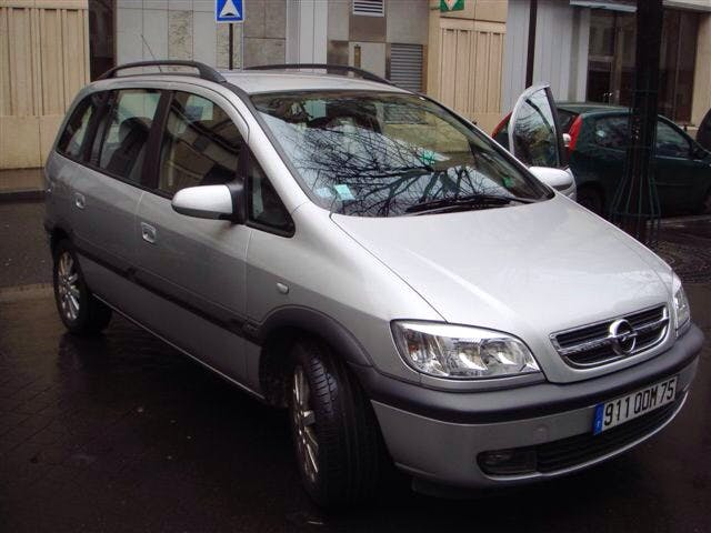Opel Zafira 7 places - diesel- gare ou aéroport possible, 2000, Diesel, 7 places