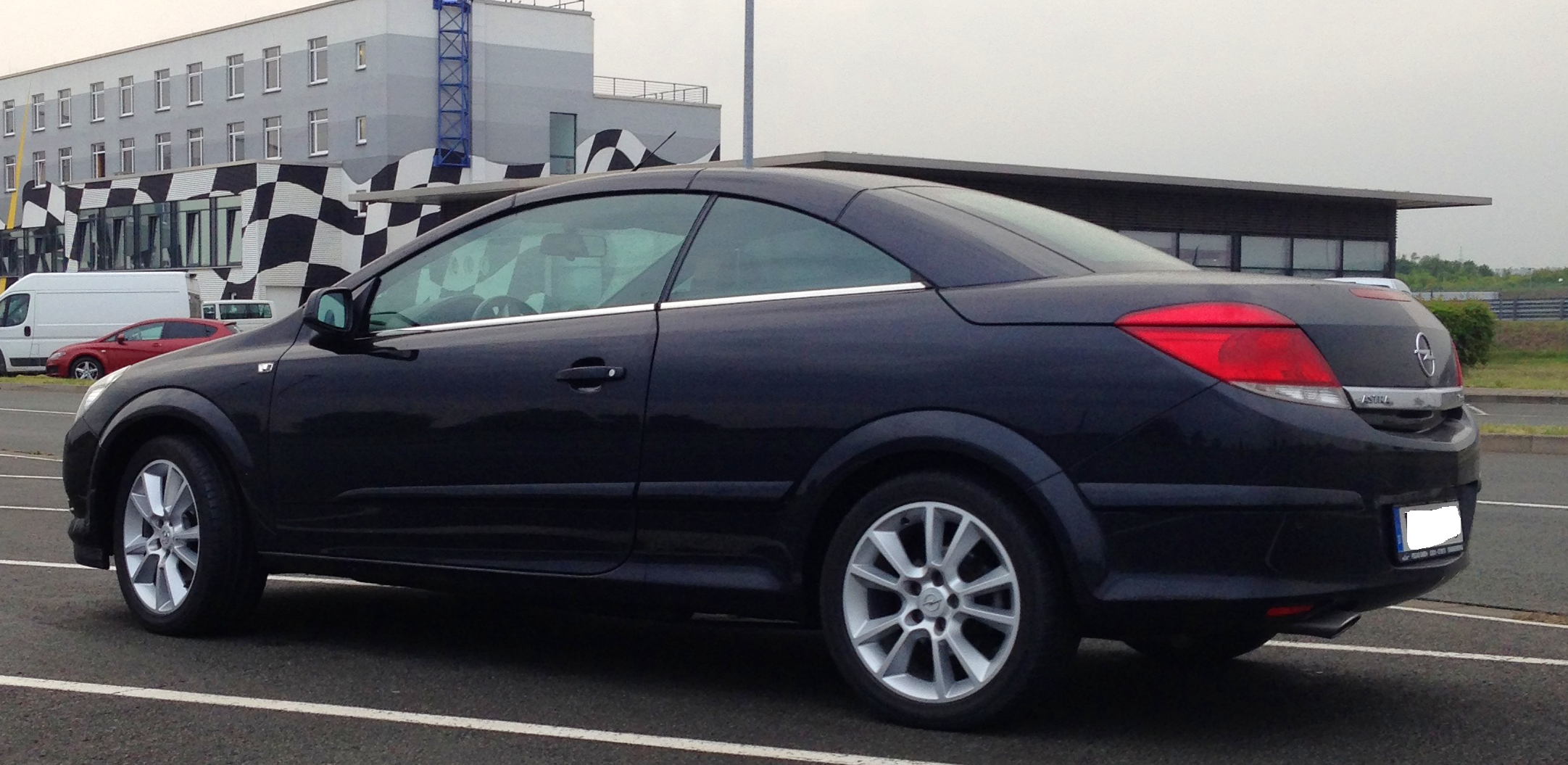 Opel Astra H Twintop Cabrio mit Tempomat