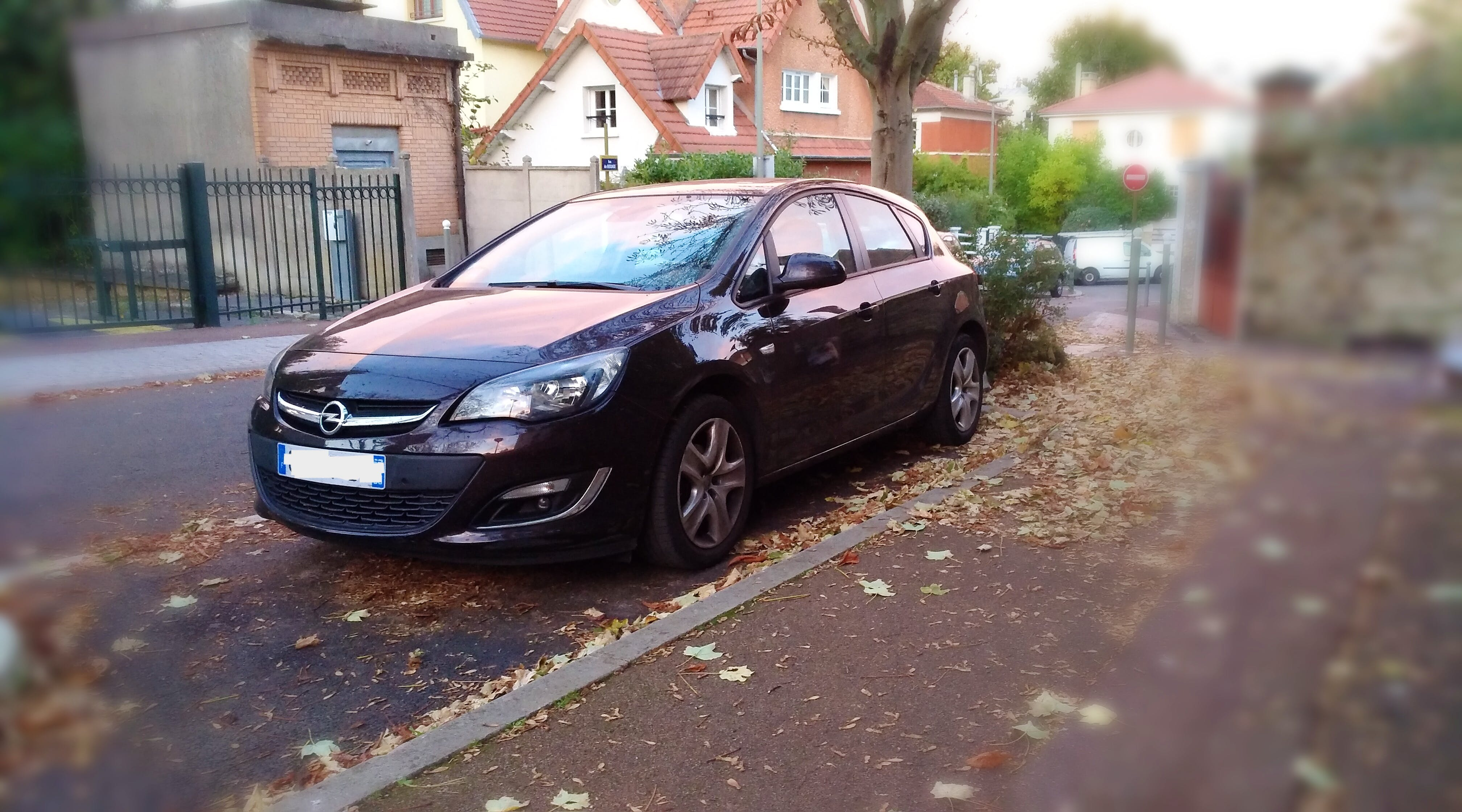 Opel Astra 1.4 Twinport 100 ch Edition, 2013, Essence