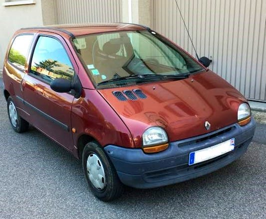 location renault twingo 1995 le plessis robinson 38 avenue l on blum. Black Bedroom Furniture Sets. Home Design Ideas