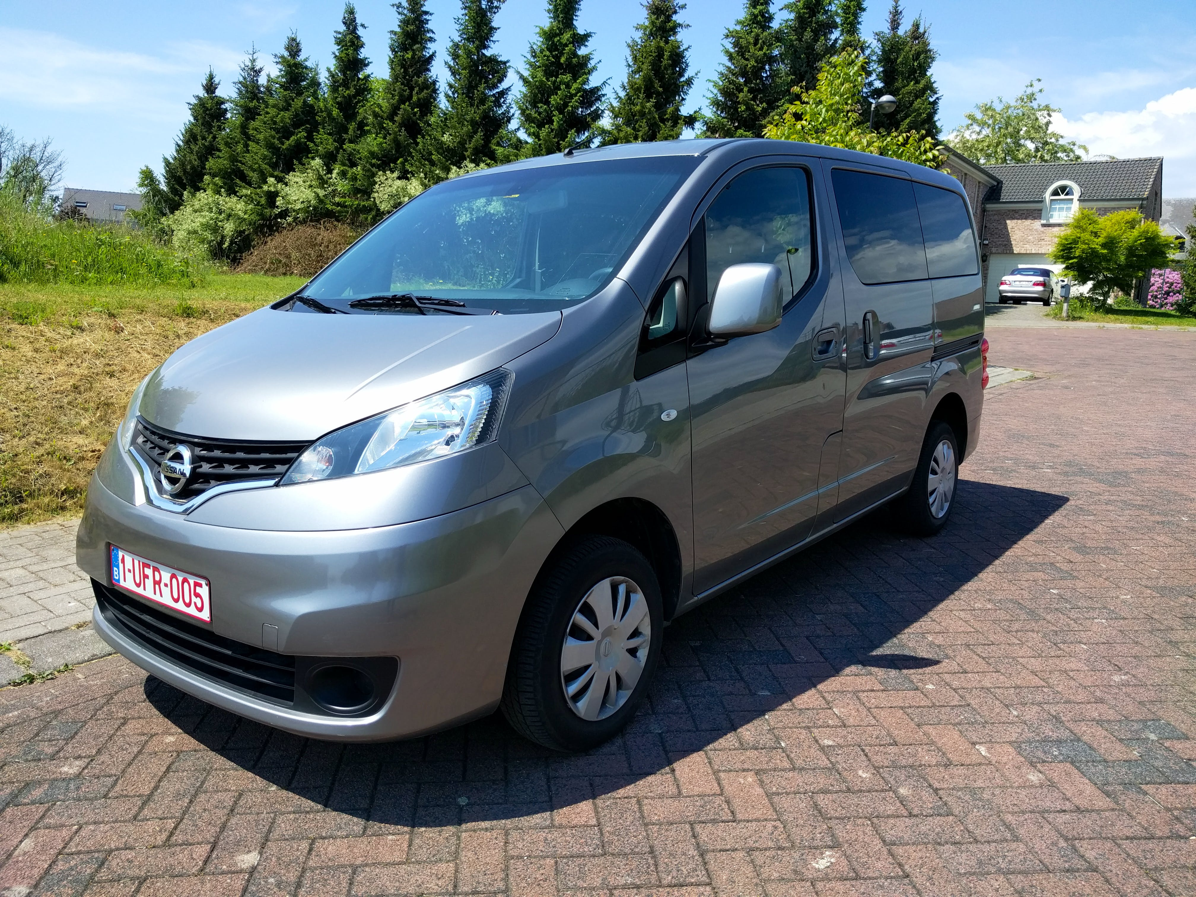 Nissan NV200 Combi - Luggage space will never be an issue. avec Climatisation