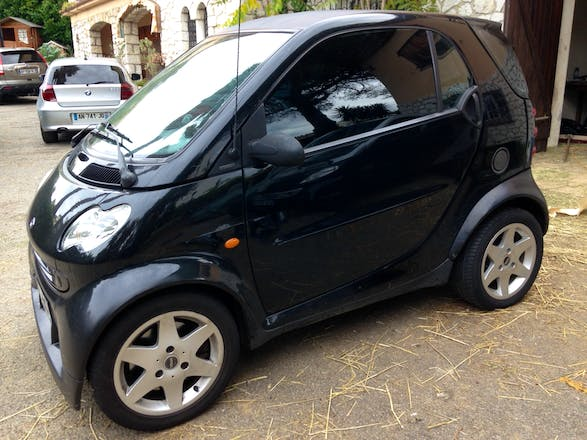 location smart fortwo coup 2006 automatique nice a roport nice c te d 39 azur. Black Bedroom Furniture Sets. Home Design Ideas