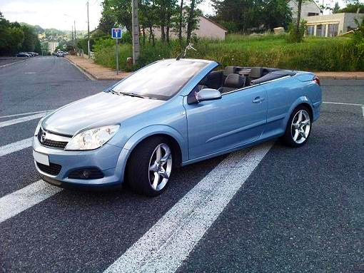 OPEL ASTRA TWINTOP 1.9 CDTI CABRIOLET , 2007, Diesel - Cabriolet Montpellier (34)