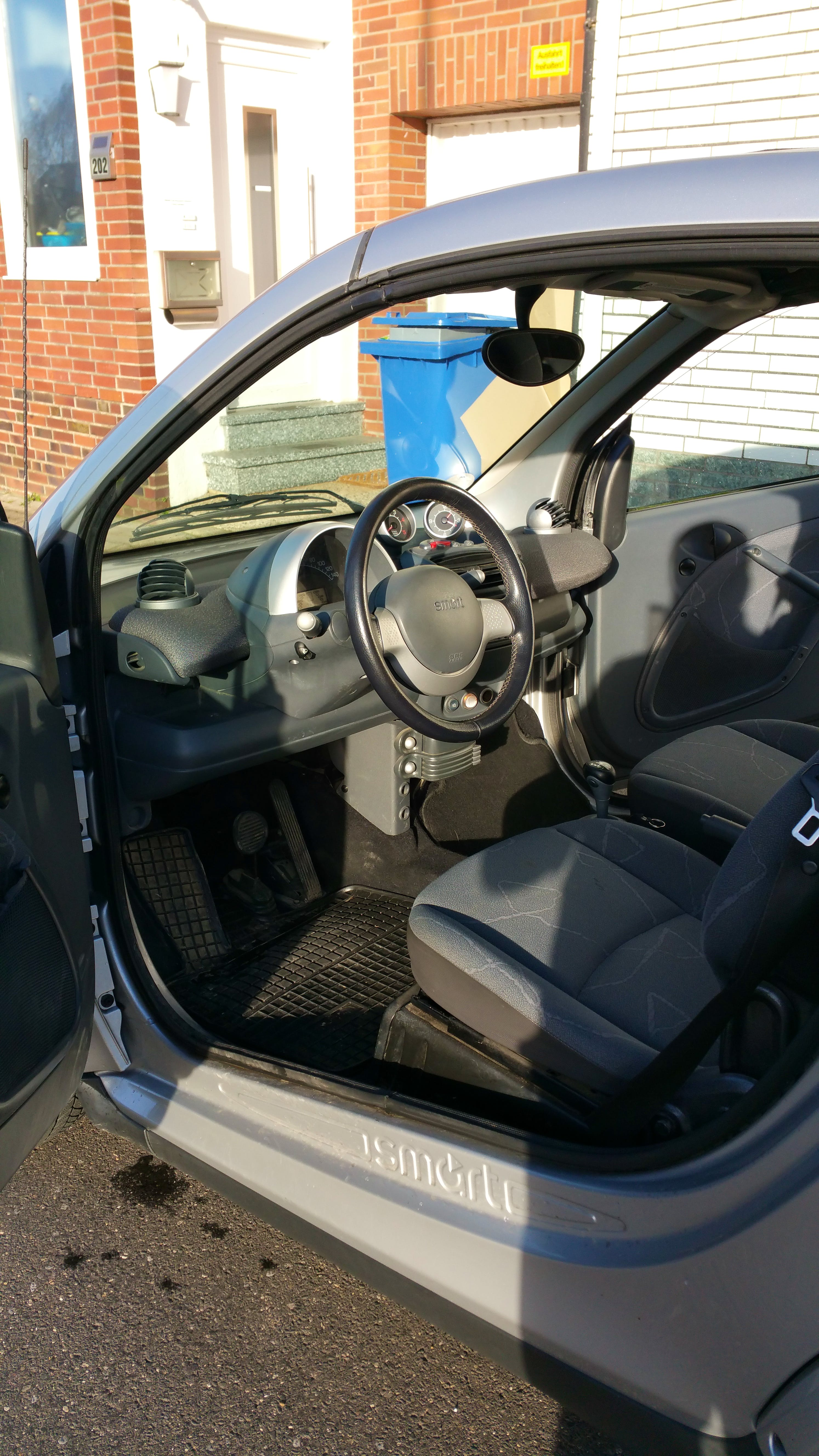 Smart Fortwo Cabriolet 0,8 cdi mit CD-Player