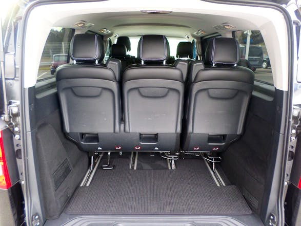 location minibus mercedes vito tourer 2014 diesel automatique 9 places tremblay en france 8. Black Bedroom Furniture Sets. Home Design Ideas