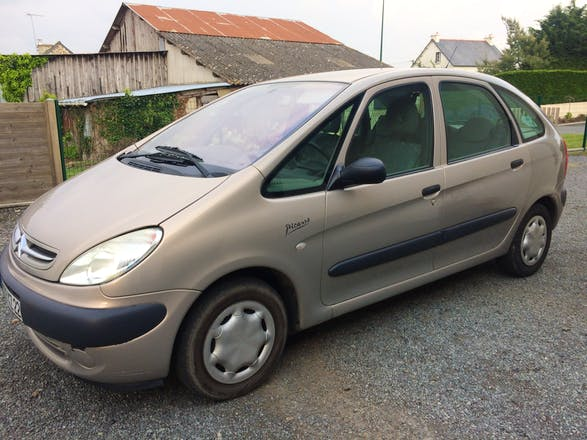location citroen xsara picasso 2003 diesel lamballe lamballe. Black Bedroom Furniture Sets. Home Design Ideas