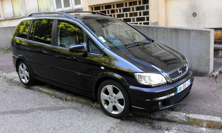 location opel zafira 2005 diesel 7 places caluire et cuire 23 mont e des forts. Black Bedroom Furniture Sets. Home Design Ideas