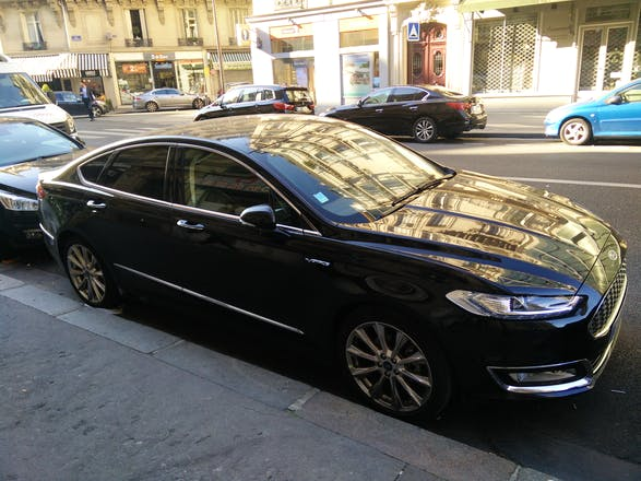 location ford mondeo 2016 diesel automatique paris 49 rue de prony. Black Bedroom Furniture Sets. Home Design Ideas