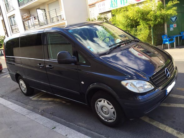 location minibus mercedes vito tourer 2007 diesel automatique 9 places alfortville 71 rue. Black Bedroom Furniture Sets. Home Design Ideas