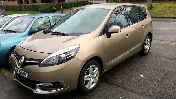 Renault Grand Scénic 7 places diesel beige, 2015, Diesel, 7 places