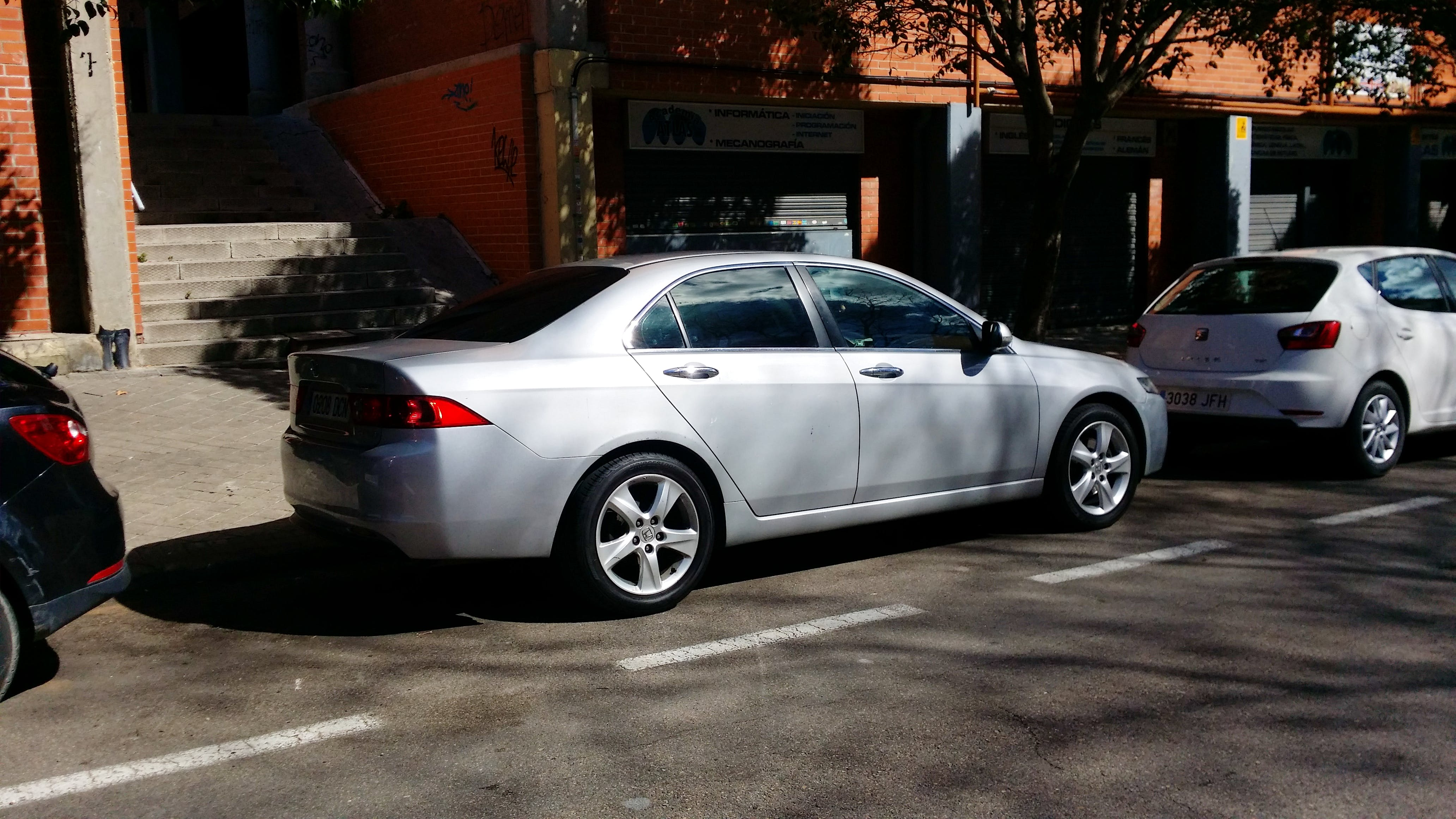 Honda Accord 2.2 ictdi 140cv executive piel con Aire acondicionado