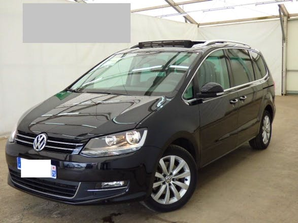 location volkswagen sharan 2012 diesel automatique 7 places les ayvelles 1 rue du bourg. Black Bedroom Furniture Sets. Home Design Ideas