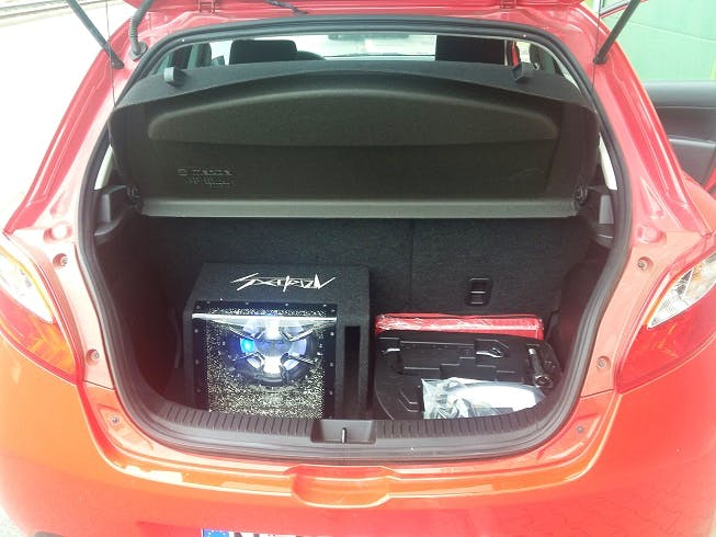 Mazda 2 Iro mit CD-Player