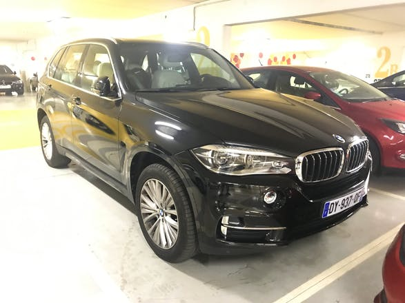 location bmw x5 2015 hybride automatique levallois perret rue voltaire. Black Bedroom Furniture Sets. Home Design Ideas