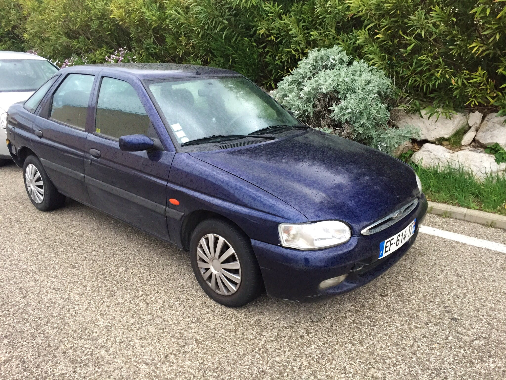 Ford Escort 1.6 essence, 1998, Essence