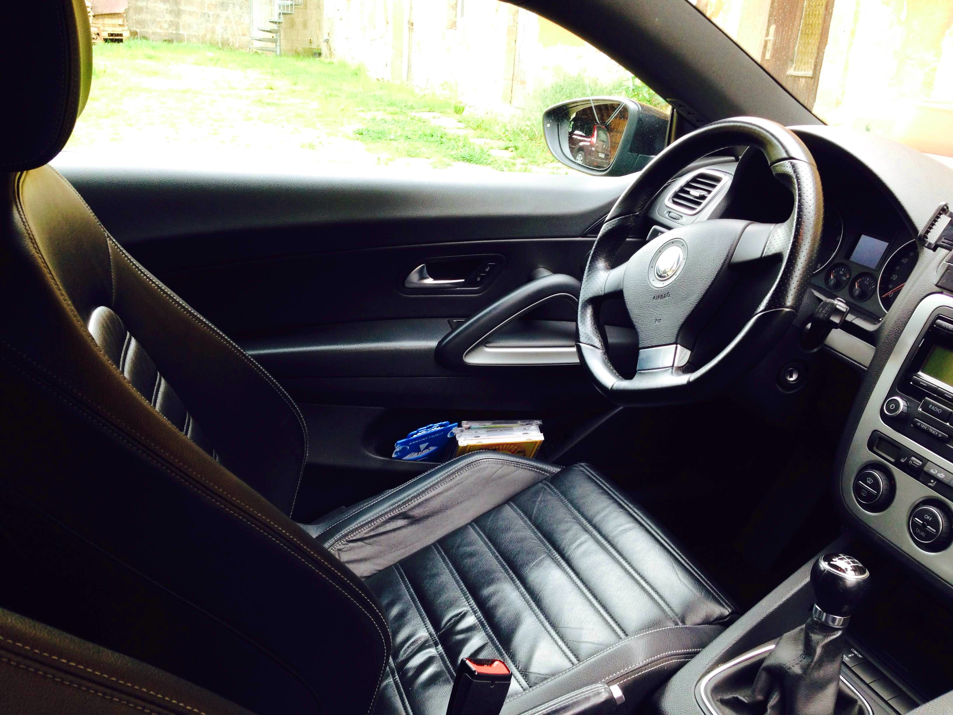 Volkswagen Scirocco 2.0 TSI 200 PS mit CD-Player