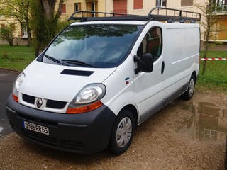 location utilitaire renault trafic 2005 diesel melun. Black Bedroom Furniture Sets. Home Design Ideas