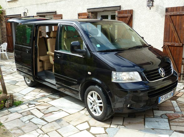 location minibus volkswagen multivan 2008 diesel 7 places m ry sur oise rue de l 39 oise. Black Bedroom Furniture Sets. Home Design Ideas