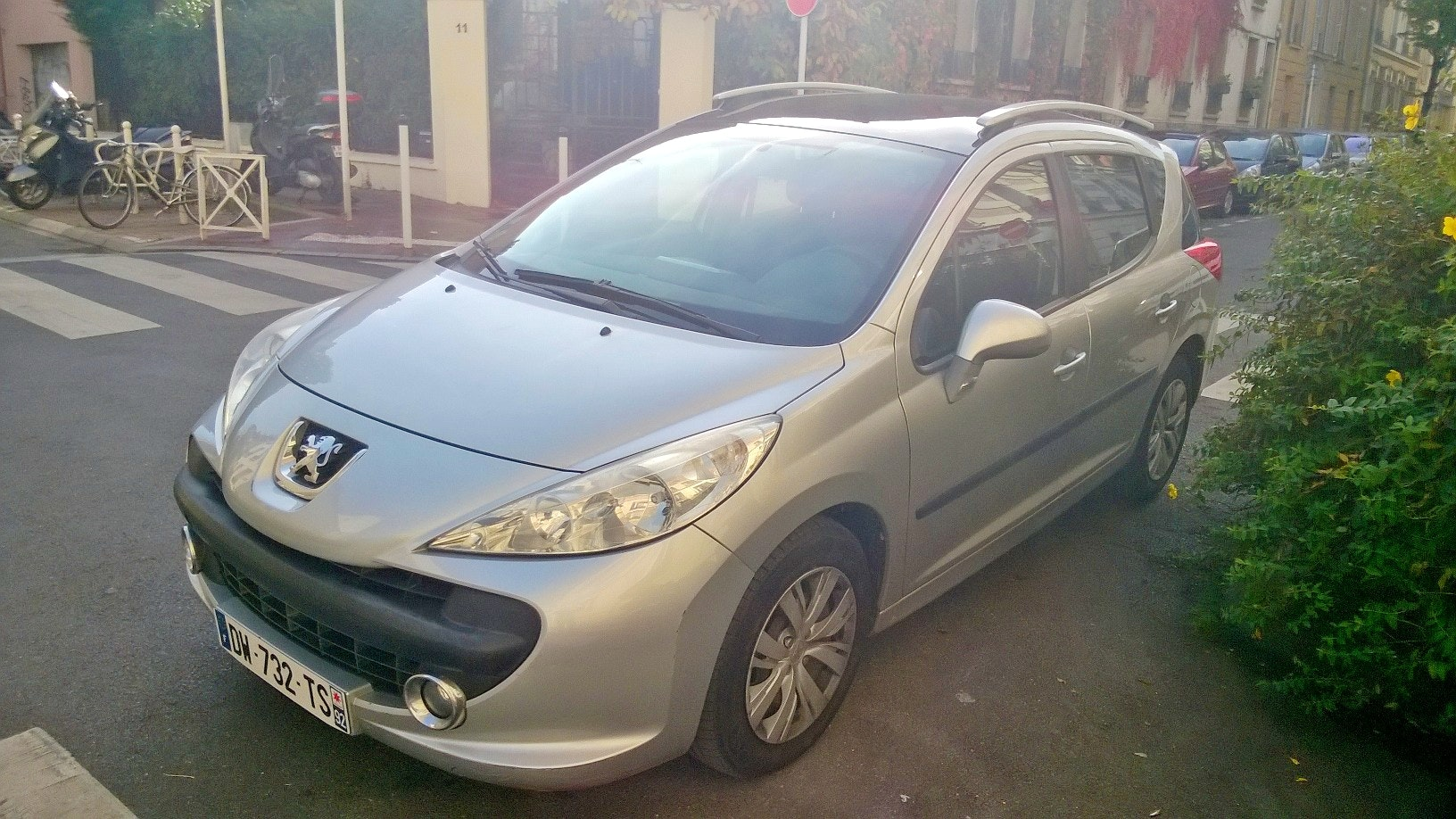 Peugeot 207 SW petit break, 2008, Diesel - Berline Paris (75)