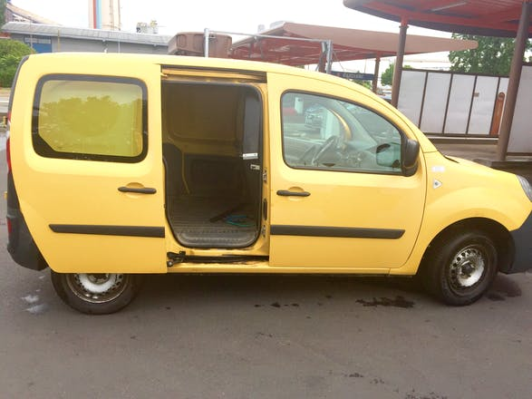 location utilitaire renault kangoo express 2008 diesel. Black Bedroom Furniture Sets. Home Design Ideas