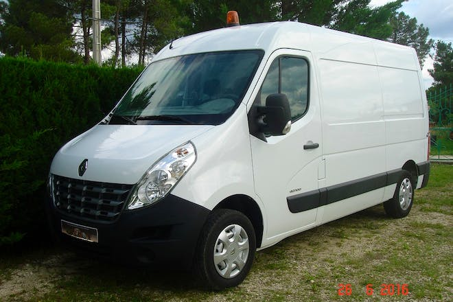 location utilitaire renault master 2013 diesel martillac 14 route de bernadon. Black Bedroom Furniture Sets. Home Design Ideas