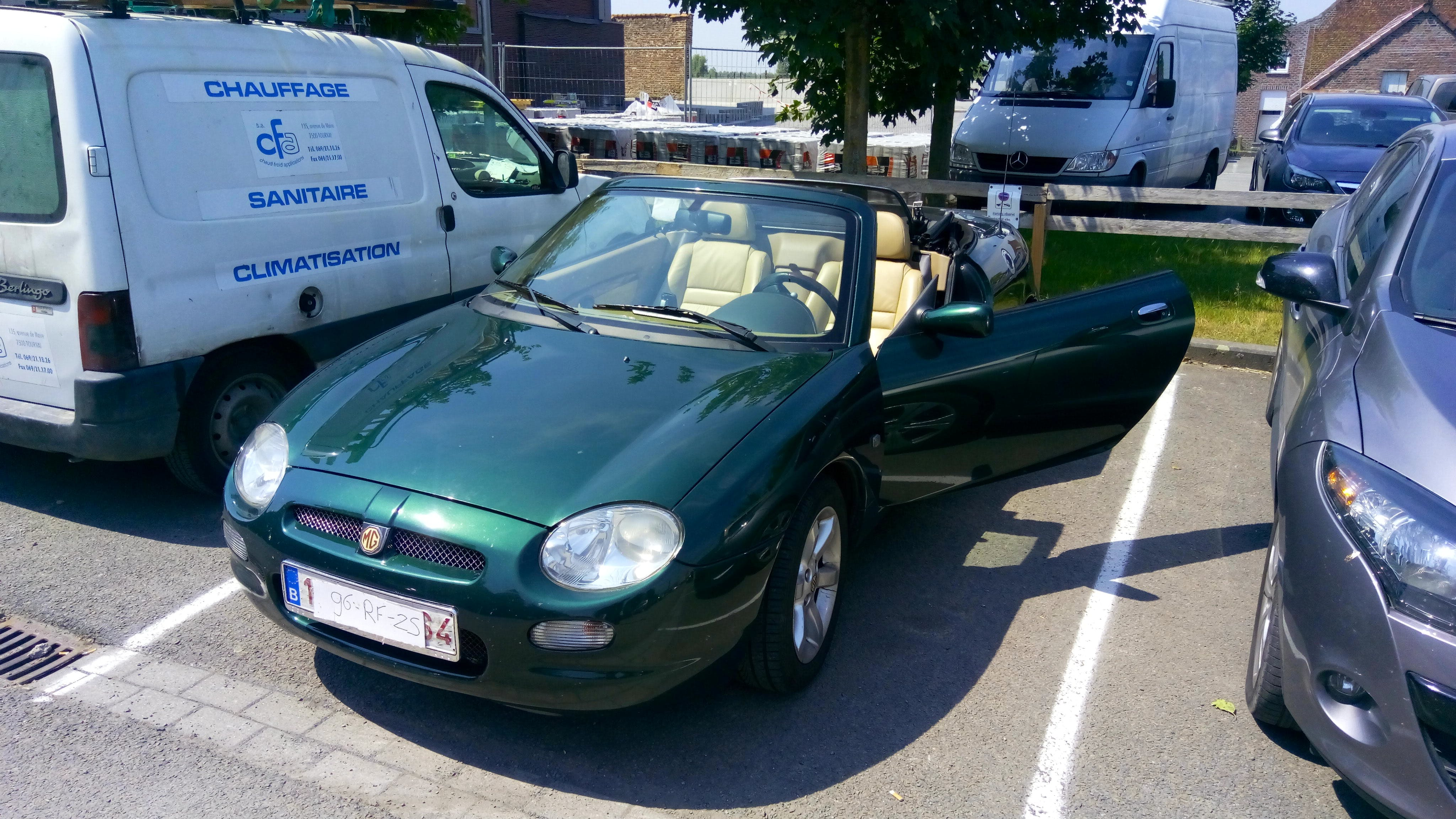 Mg MGF 1.8 16v automaat avec Climatisation