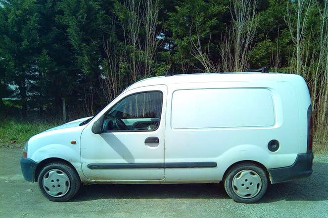 location utilitaire renault kangoo express 2000 diesel toulouse. Black Bedroom Furniture Sets. Home Design Ideas