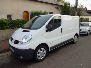 location utilitaire renault trafic 2011 diesel auchel 1 rue roger salengro. Black Bedroom Furniture Sets. Home Design Ideas