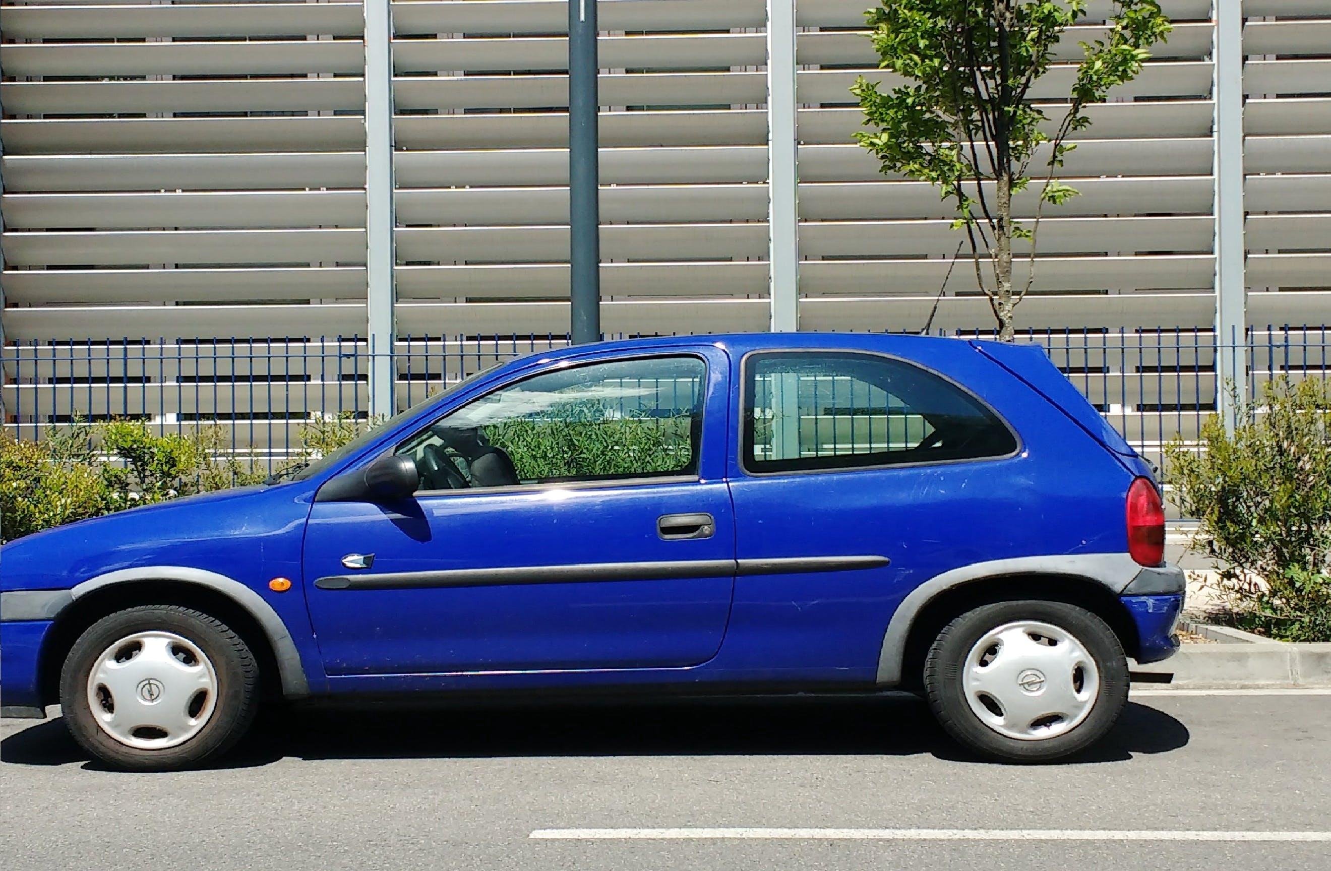 opel corsa city, 2000, Essence