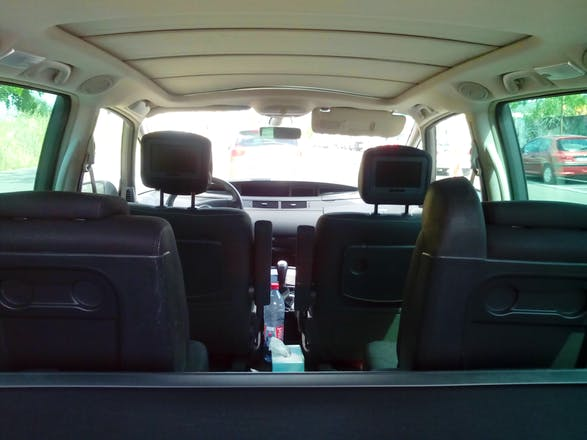 location renault grand espace 2010 diesel automatique 7 places lille 2 rue d 39 i na. Black Bedroom Furniture Sets. Home Design Ideas